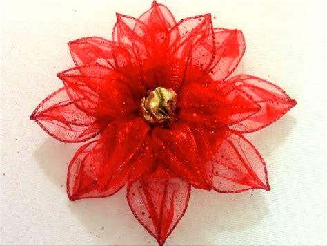como hacer flores de papel para navidad c 243 mo hacer flores de navidad en cintas alambradas para