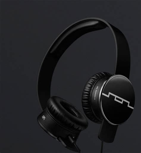 Headphone Giveaway - sol republic tracks on ear headphone giveaway contest