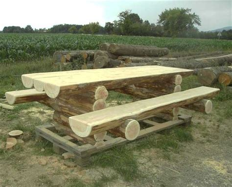 costruire un tavolo da giardino mobili su misura arredamenti su misura di qualit 224 tavoli