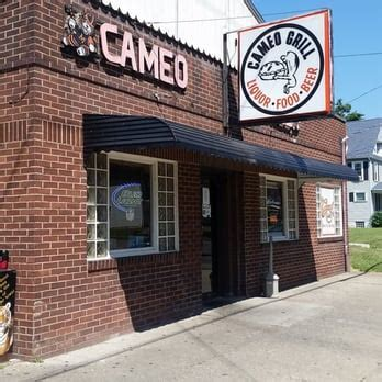 Cameo Grill   30 Reviews   Burgers   809 Erie St S