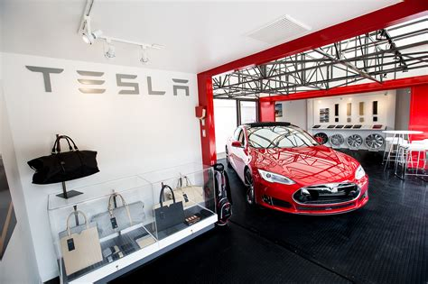 Santa Barbara Tesla Tesla Model 3 To Be Revealed In 2016 Enter Production In 2017