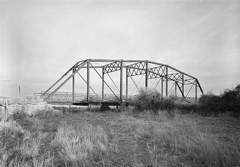 An Occurrence At Owl Creek Bridge Essay by An Occurrence At Owl Creek Bridge Essay