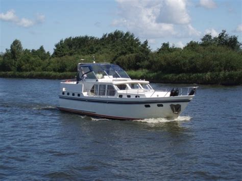 motorjacht 10 meter details motorjacht 10 personen 14 meter