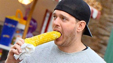 ate corn cob michael buble corn on the cob takes the trr 434