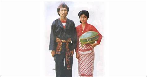 Baju Tarian Jawa pakaian adat madura pria dan wanita gambar dan keterangannya adat tradisional