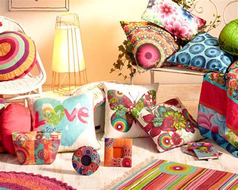 coin casa cuscini cuscini per divani tante idee per cambiare aspetto al