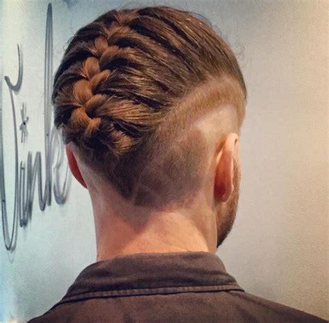la nueva tendencia en peinados las trenzas para hombres