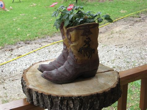 Cowboy Boot Planter by Western Cowboy Boot Flower Pot Planter Country Plant