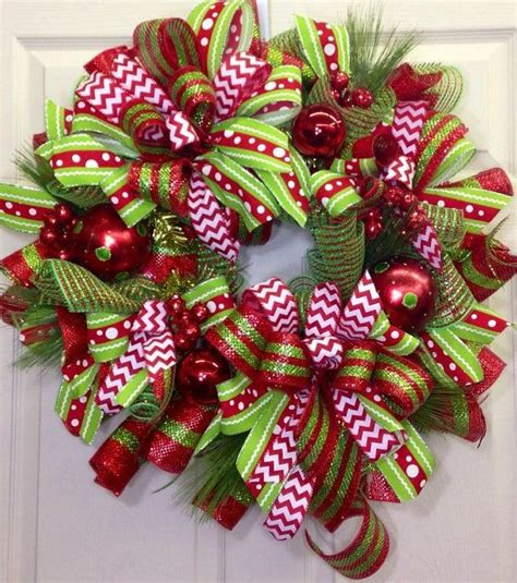 how to add wide mesh ribbon garland to a christmas tree the saturday club ribbon wreaths kent attractions