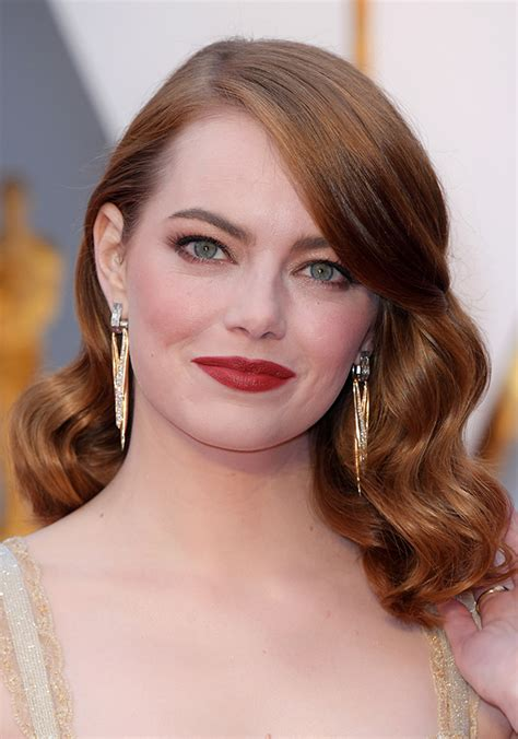 emma stone earrings oscars 2017 the most stylish and quirky accessories