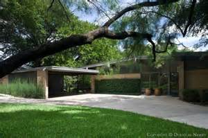 Modern Homes Dallas Tx Design Architect Joseph Gordon Designed Mid Century Modern Home In East Dallas Neighborhood 7019