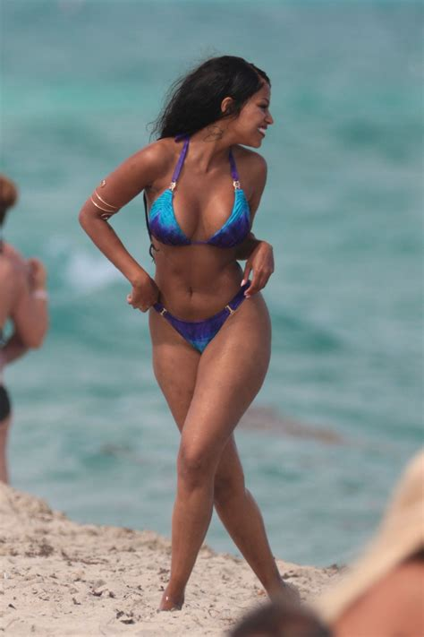 di candid neguesha in candids on miami celebzz