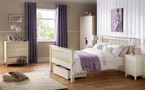 white shaker style bedroom furniture julian bowen cameo shaker style white bedroom