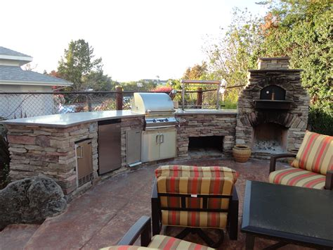 Outdoor Kitchen Appliances Reviews | tips for choosing outdoor kitchen appliances silo