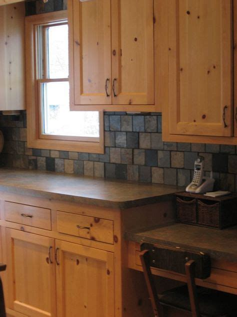 redone knotty pine kitchen painted cabinets look pretty m 225 s de 25 ideas incre 237 bles sobre gabinetes de pino nudoso