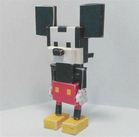 Craftowntoys Road Crossroads Papercraft papermau disney crossy road mickey mouse paper by dirthouseinc