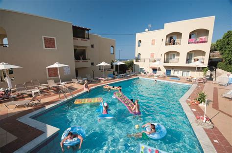 rainbow appartments rainbow apartments cheap holidays to rainbow apartments