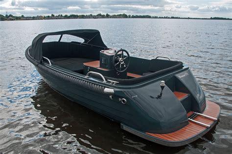 zeewaardige roeiboot primeur 570 tender a28 watersport corsiva en primeur