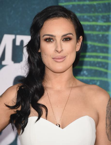 Actress rumer willis attends the 2015 cmt music awards at the