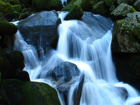 beautiful waterfalls   world wallpaper pictures