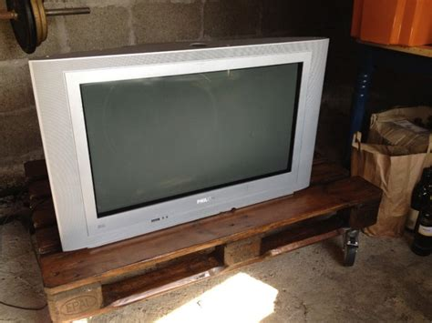 Tv Advance 32 Inch philips 32 inch crt tv for sale in walkinstown dublin from judokap