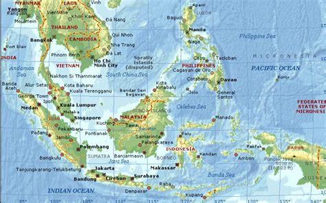 Buku Arsitektur Kuno Kerajaan Kerajaan Kediri Singasari Majapahit D pulau terluar indonesia skolastika