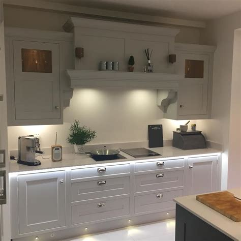 Handmade Kitchens Sheffield - luxury and affordable bespoke kitchens in sheffield by