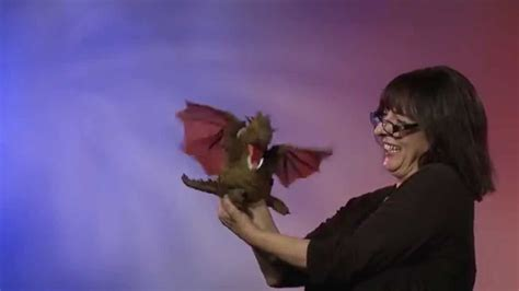 drago volante folkmanis 174 winged puppet demo