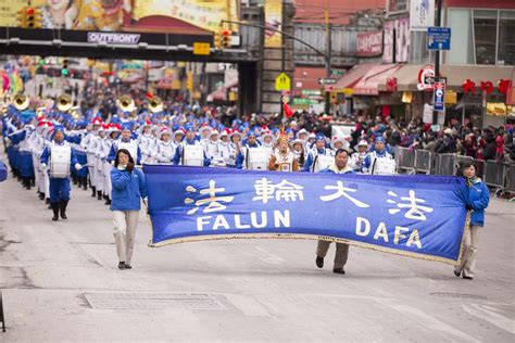 flushing lunar new year parade 2015 new york falun gong joins community celebration in