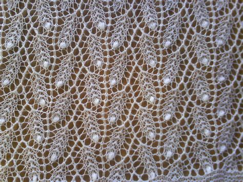 knitted lace patterns things i to make the weeping willow shawl