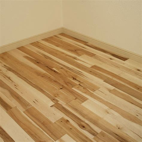 Which Is Better Fpor Hardwood Flooring Maple Or Oak - maple glacier 3 4 quot x 5 quot x 1 7 select and better