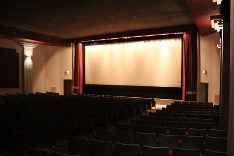 cineplex westshore caprice showcase theatres in langford ca cinema treasures