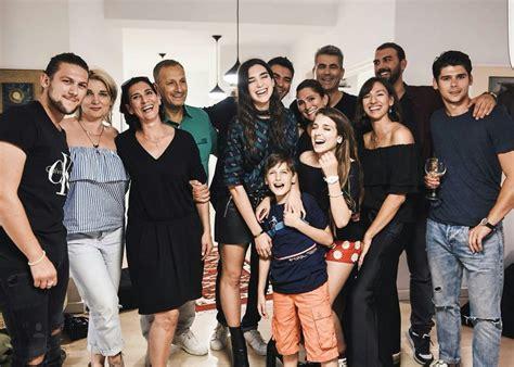 Dua Lipa Family | dua lipa family photos boyfriend age height parents