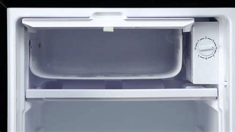 Freezer Es Krim Mini hmbr350se magic chef mini refrigerator 3 5 cu ft