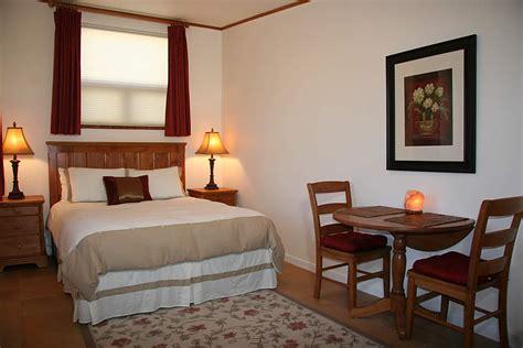 ojai valley lodging ojai retreat oak room ojai bed