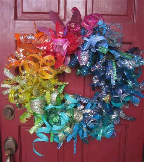 Handmade Things With Plastic Bottles - plastic bottle wreath handmade crafts