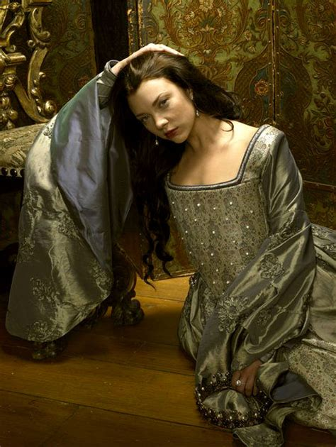Natalie Dormer The Tudors Natalie Dormer Boleyn Dress