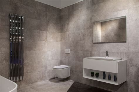 Modern Bathroom Designs Yield Big Returns In Comfort And Bathrooms Modern