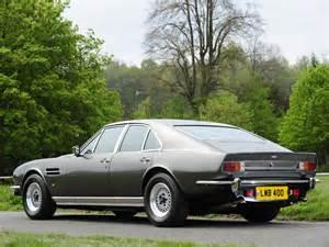 Aston Martin Saloon Aston Martin Lagonda V8 Saloon Wallpapers Car Wallpapers Hd