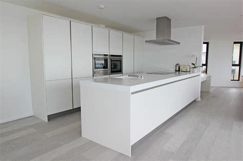Gloss or matt kitchen, gloss kitchen, matt kitchen