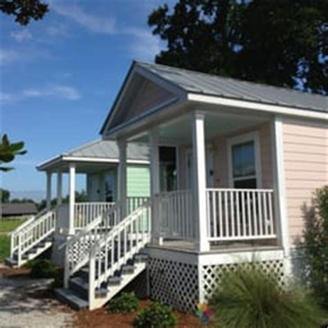 beachview vacation cottages beachview vacation cottages vacation rentals 171 paradise ave gulfport ms phone number