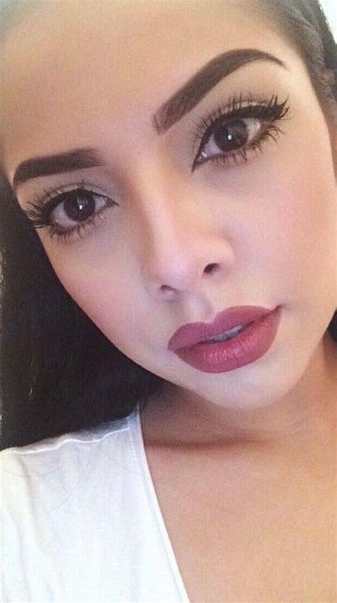 thick eyebrow trend 7beautytips beauty fashion hayley geftman gold