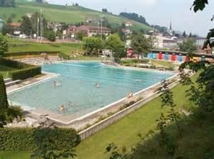 schwimmbad st gallen schwimmbad waldstatt ostschweiz tourismus schwimmbad