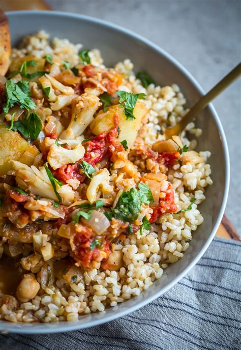 Detox Dinner Recipes by Vegan Cauliflower Potato And Chickpea Curry A