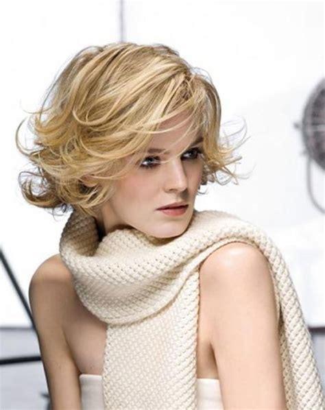 trending hairstyles 2015 for women over 40 25 easy short hairstyles for older women popular haircuts