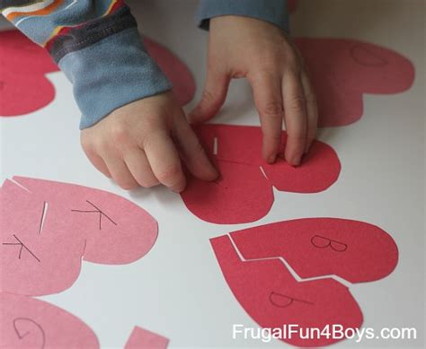 heart pattern match up alphabet hearts match up game frugal fun for boys and girls