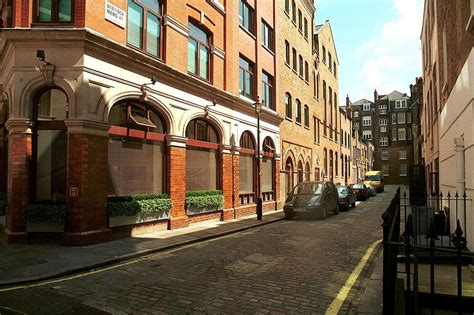 Property Sales Records Bentinck Mews Marylebone W1u Lurot Brand