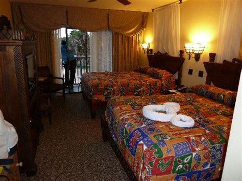 animal kingdom lodge rooms inside our room picture of disney s animal kingdom lodge orlando tripadvisor