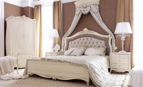 White Carved Bedroom Furniture white classic italian carved bedroom furniture set fnw