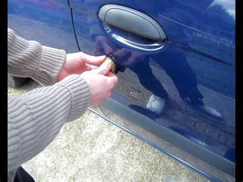 Tennis To Unlock Car Door by Lock Picking Jiggling Open Car Door